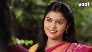 Aparna visits Kusumavati's house