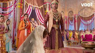 Salim slaps Anarkali