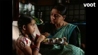 Grandma orders Damini to make Ichha eat Tapasya's sweet