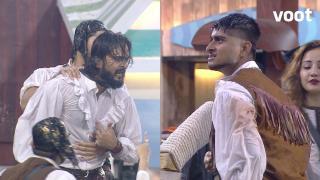 Samudri Lootera Deepak loses his cool