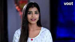 Suraksha blackmails Prabhakar