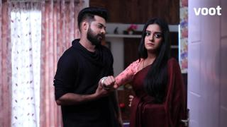 Aniket questions Meera's motives!