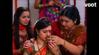 Tanu talks to Sannidhi