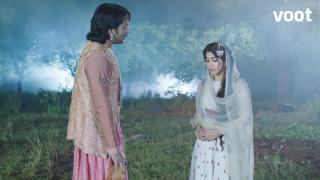 Salim confronts Anarkali