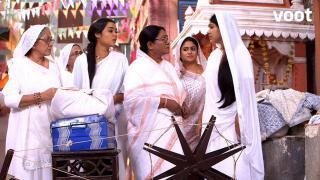 Widows thrown out of the Ashram