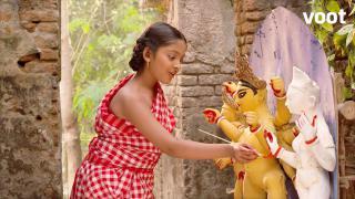 Satyabati makes an idol