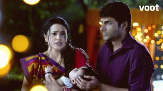 Gayatri finds out the truth about Maa Kusum Sundari