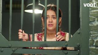 Will Purvi escape successfully?