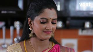 Kayal cooks food for Surya