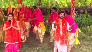 Maai Jhula Jhuli