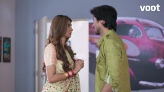 Zoya apologizes to Aditya