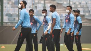 Pollution will affect players as even breathing is difficult - Zaheer Khan