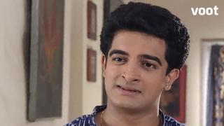 Ravi confronts Ashalata